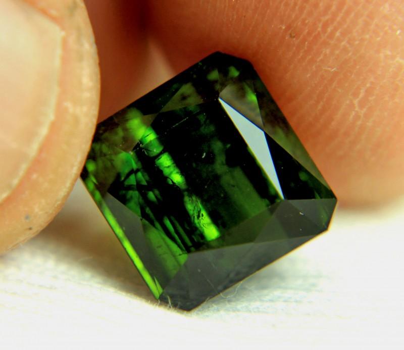 1$NR - 6.96 Carat Green Nigerian Tourmaline - Cool
