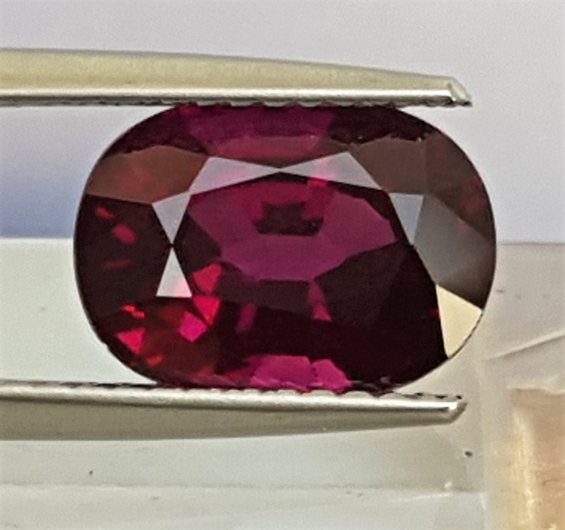 4.11cts  Rhodolite of Mozambique, Untreated