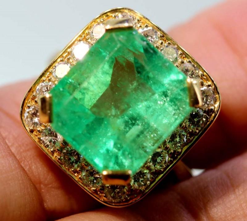 52.50 cts EMERALD  GOLD DIAMOND RING -JJ