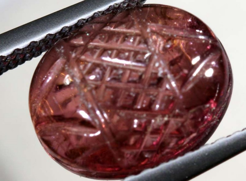 3.5CTS PINK TOURMALINE CARVING  PG-2352
