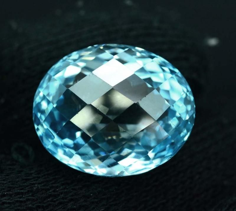 31.80 cts Lovely Blue Topaz Loose Gemstone