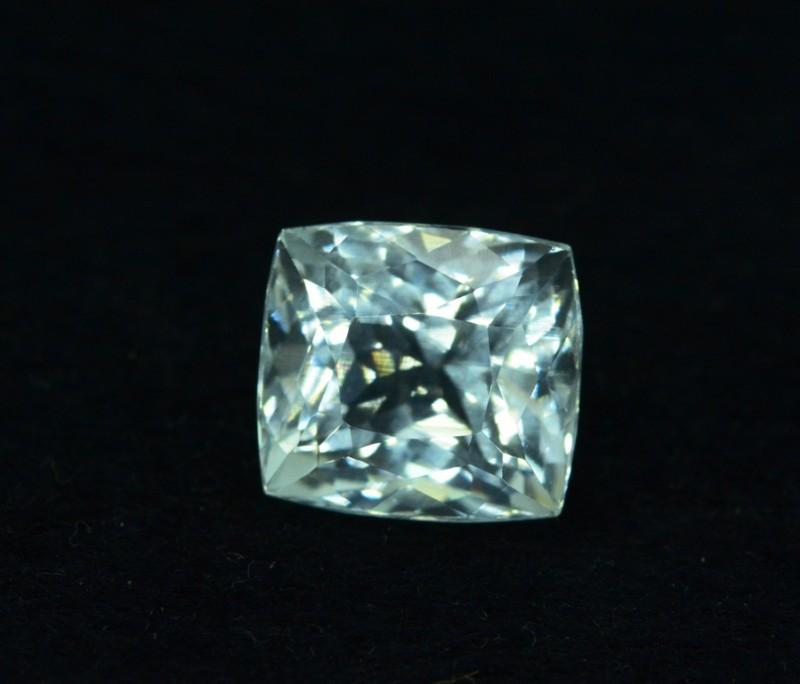 7.80 cts Untreated Aquamarine Gemstone from Pakistan