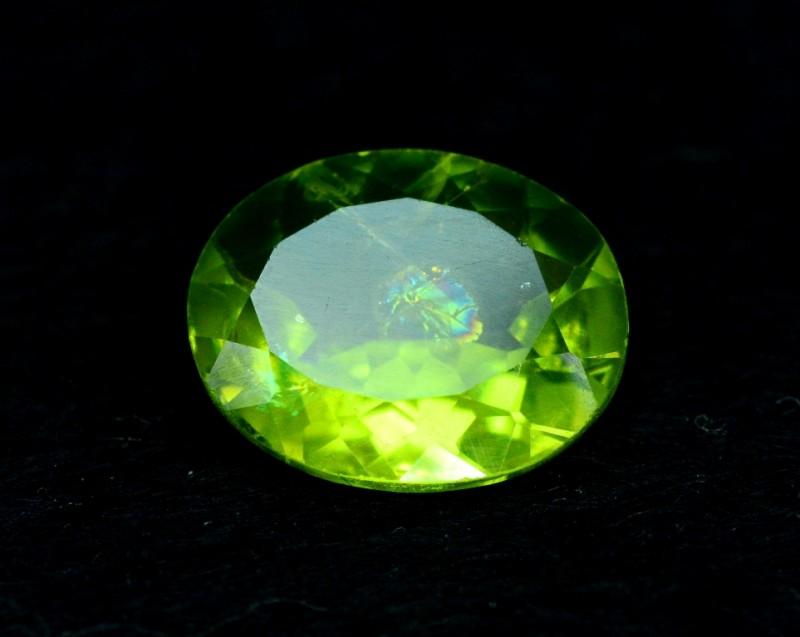 3.30 cts Natural Olivine Green Natural Peridot Gemstone