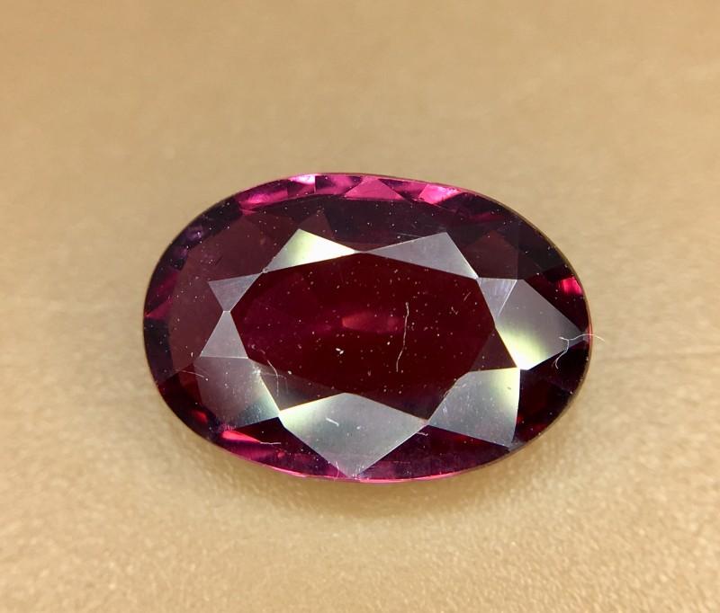 2.25 Crt Natural Rhodolite Garnet Faceted Gemstone (924)