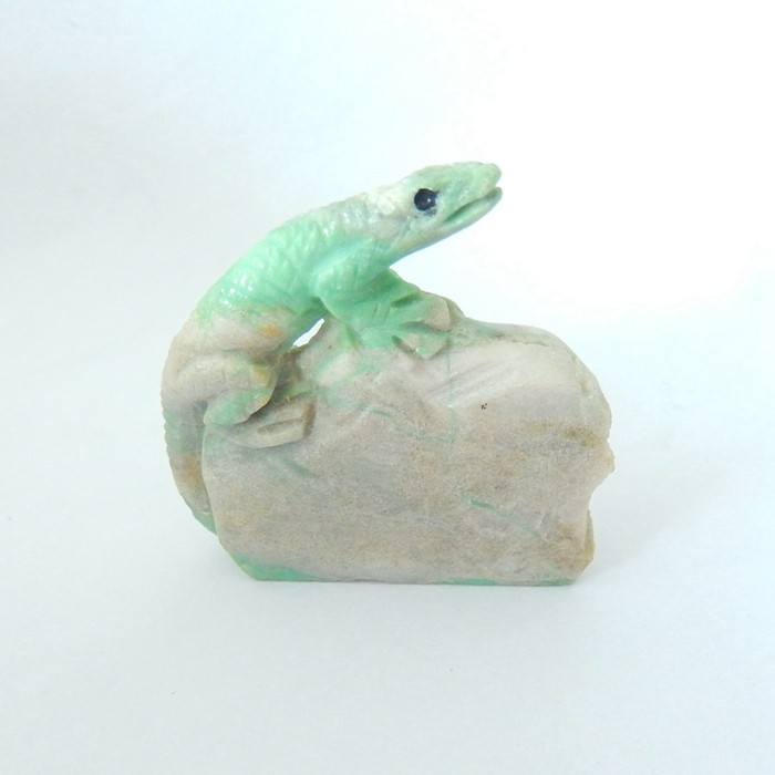 38ct Natural Turquoise Handcarved Lizard ,33X32X7MM(17121806)