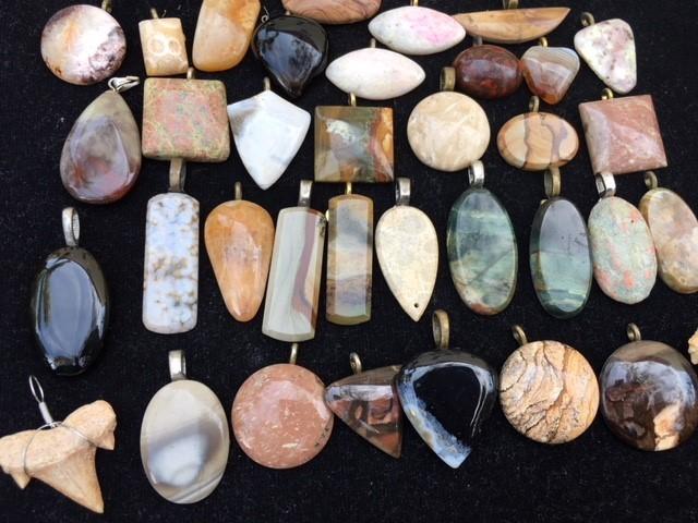 Re Sellers deal  36 jasper pendants  stones  PPP 2013