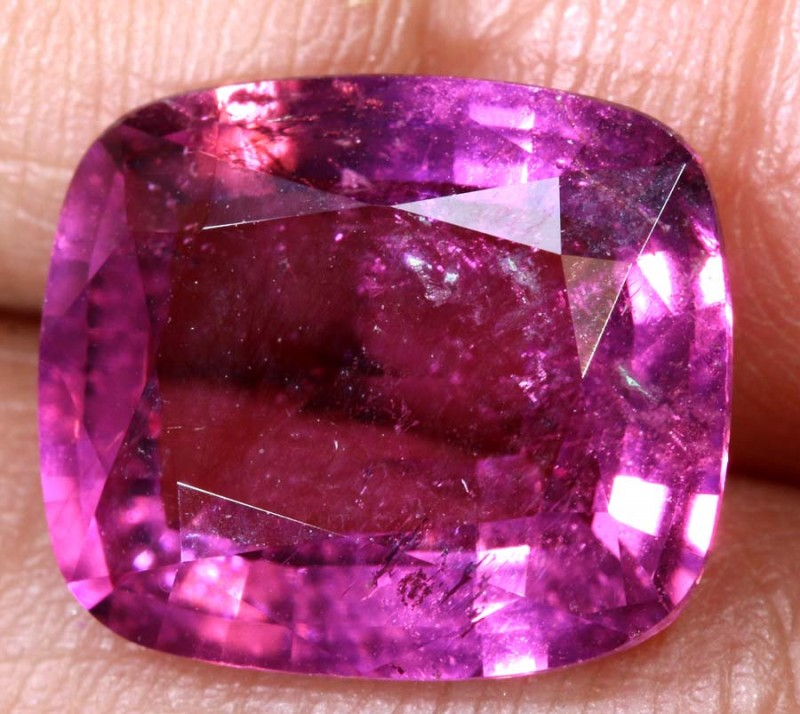 4.45 CTS TOURMALINE FACETED STONE TBG-2752