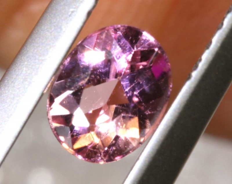 0.50 CTS TOURMALINE FACETED STONE TBG- 2848