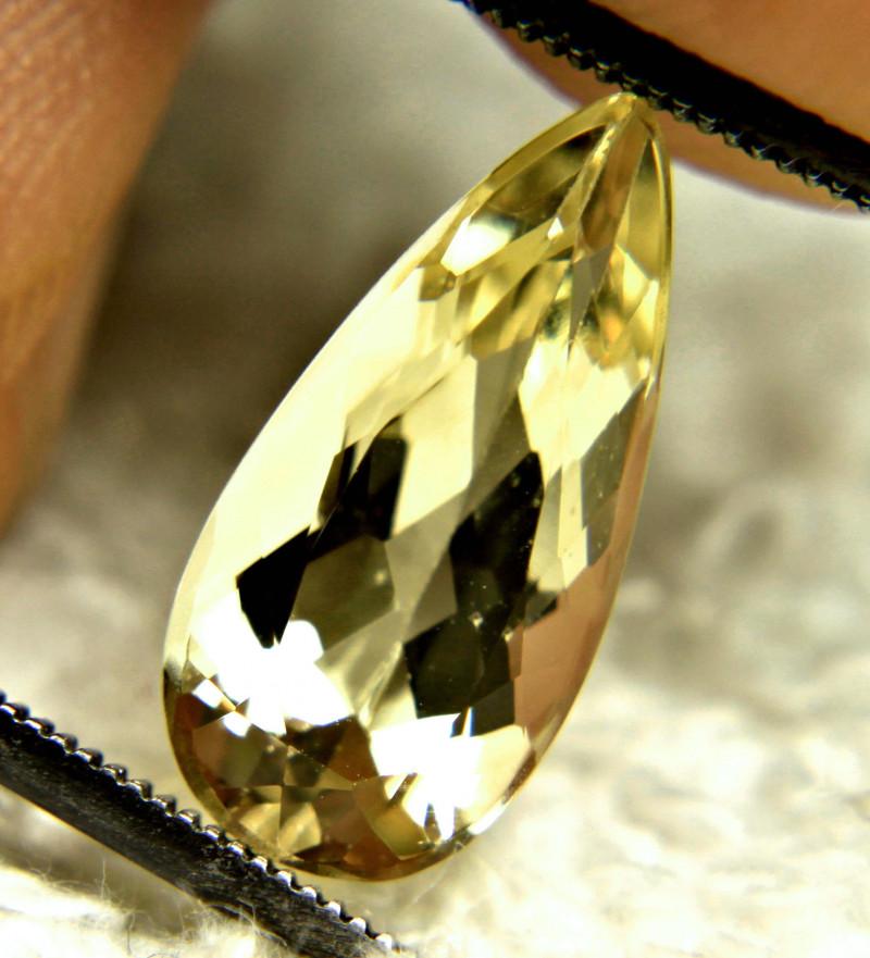 3.08 Carat VVS1 Brazil Golden Beryl - Gorgeous