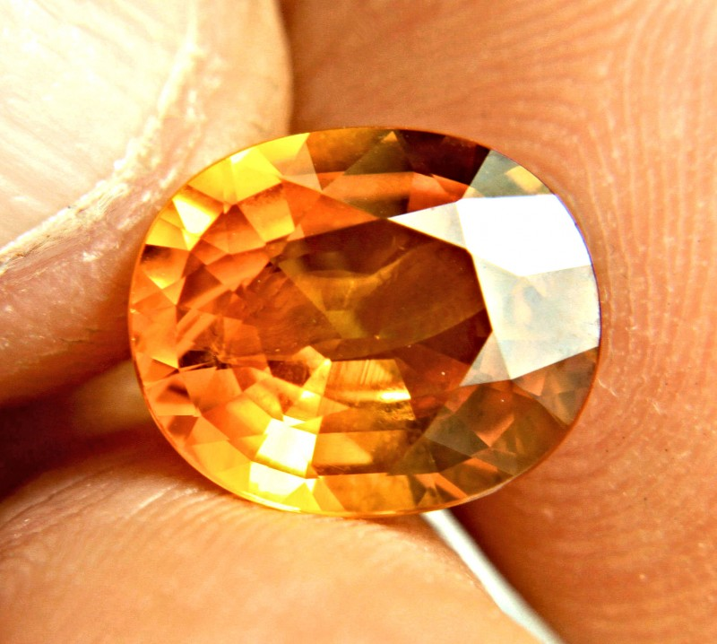 CERTIFIED - 6.50 Ct. Heat Only,  VS/SI Orange Sapphire - Gorgeous