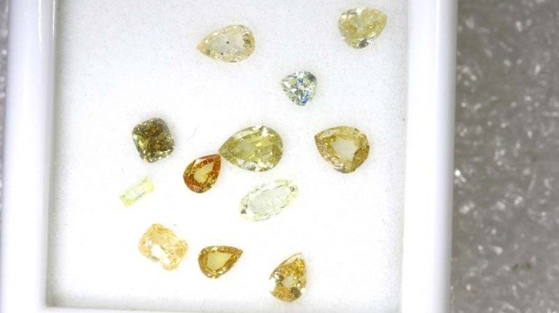 1 CTS YELLOW DIAMONDS PARCELS 12PCS SD- KOA-4