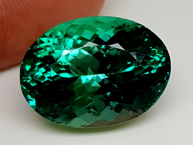 25.30Crt Top Green Spodumene Best Faceted Gemstones GS10