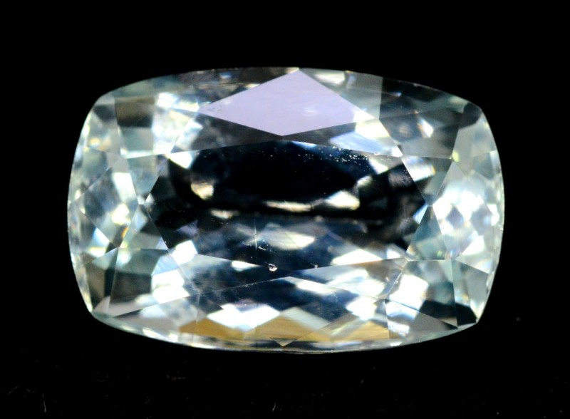 6.10 cts  Untreated Princess Cut Aquamarine Gemstone from Pakistan