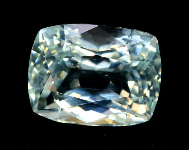 5.90 cts cts Untreated Princess Cut Aquamarine Gemstone from Pakistan