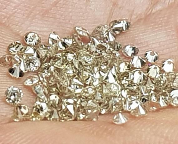 0.75ct 27 2mm Champagne Brilliant Cut diamonds
