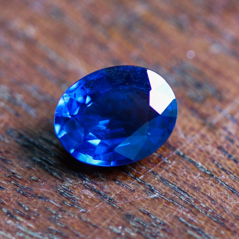 CERTIFIED  2.07 CTS SPINEL RICH  COBALT BLUE [STS974](12041802)