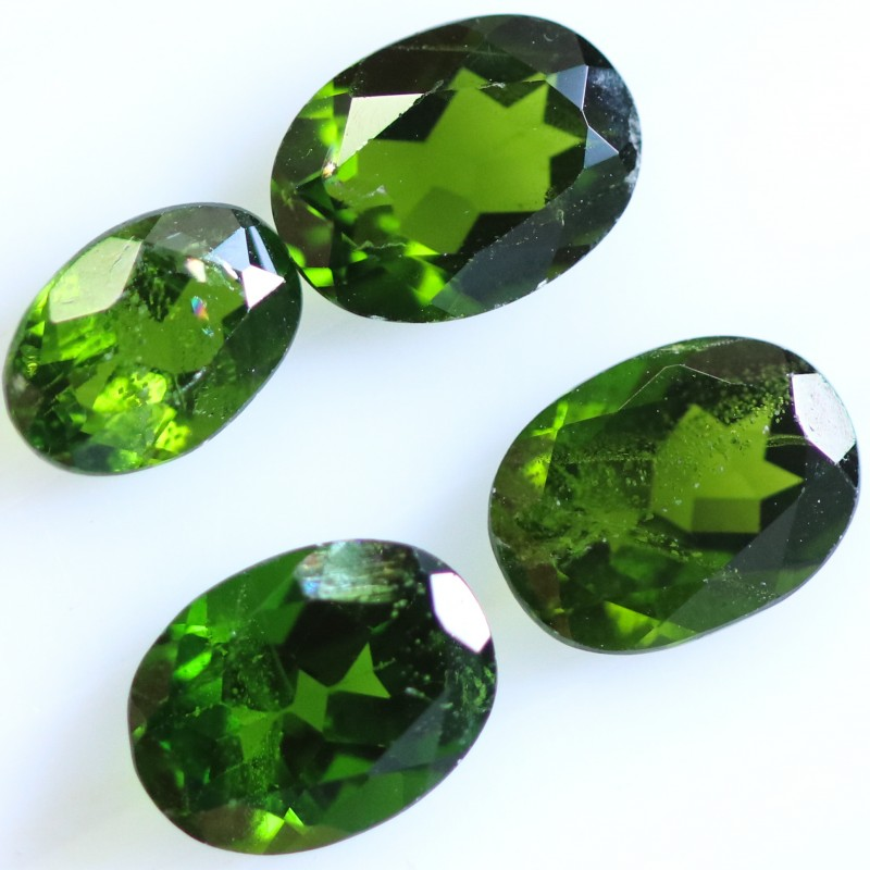 4.65 CTS CHROME DIOPSIDE  PARCEL- RICH GREEN [STS997]