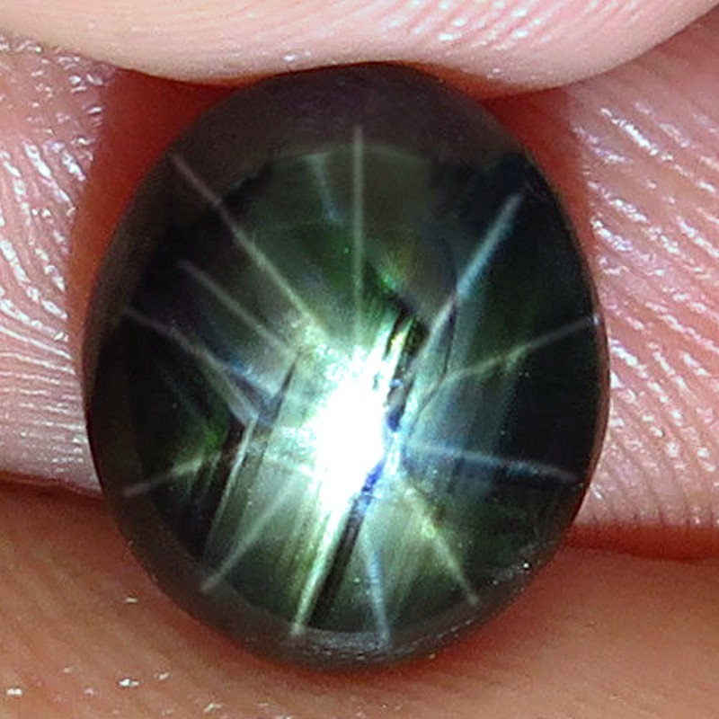 5.27 Carat 12 Ray Thailand Black Star Sapphire -  Gorgeous