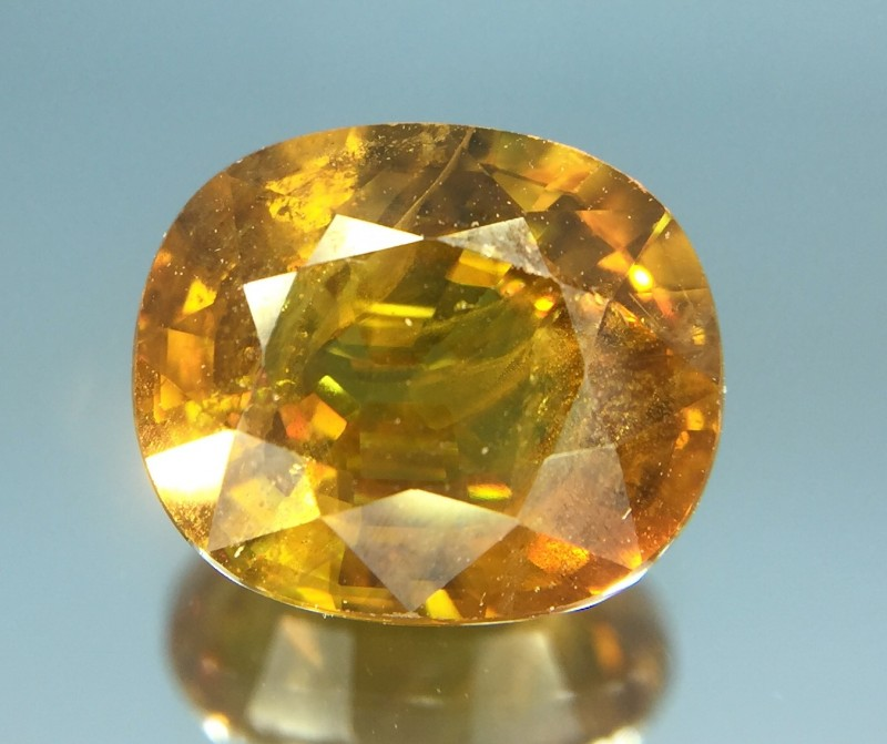 2.49 Ct Natural Sphene With Good Fire Luster Gemstone Sf01