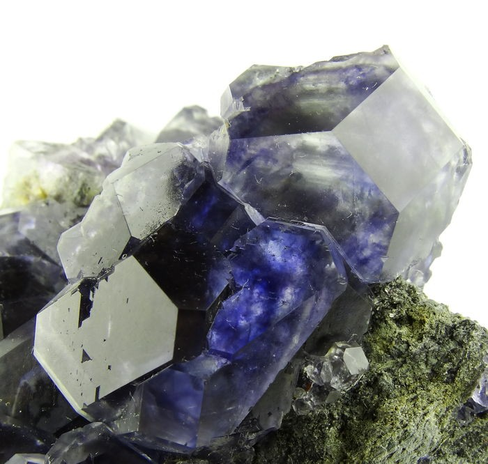 Blue fluorite with phantoms - 145 grams - China