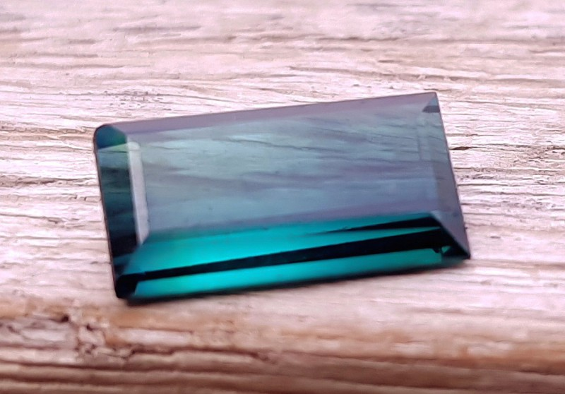 1.35 Cts Natural Transparent Blue Tourmaline Gemstone