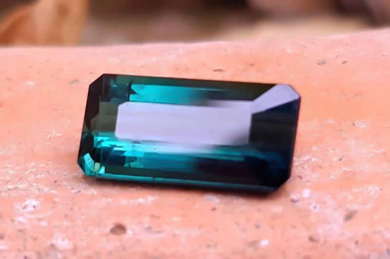 2 Cts Superb Quality Blue Tourmaline Cut Stone for Jewelery