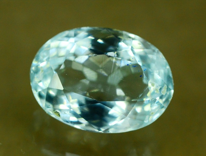 6.65 cts Untreated Aquamarine Gemstone from Pakistan