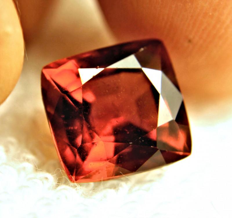 CERTIFIED - 8.50 Carat VS Hessonite Garnet - Gorgeous