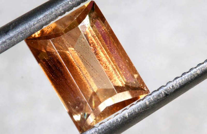 1.55CTS SUNSTONE  FACETED CG-2373