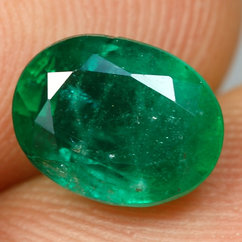 2.37cts Beautiful Oval Cut Natural ZAMBIA EMERALD