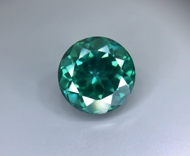 5.35 CT Natural Green Topaz Beautiful  Faceted Gemstone S33