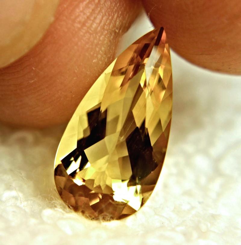 4.71 Carat VVS1 Brazil Golden Beryl - Superb