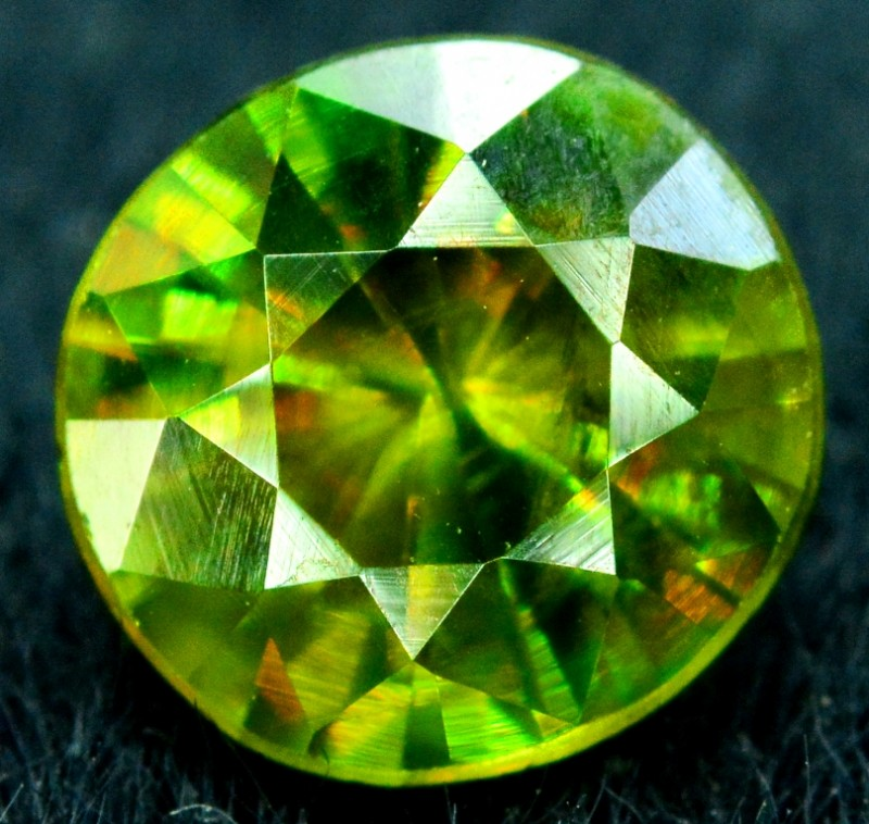 1.15 carats AAA Color Full Fire Natural Chrome Sphene Loose Gemstone
