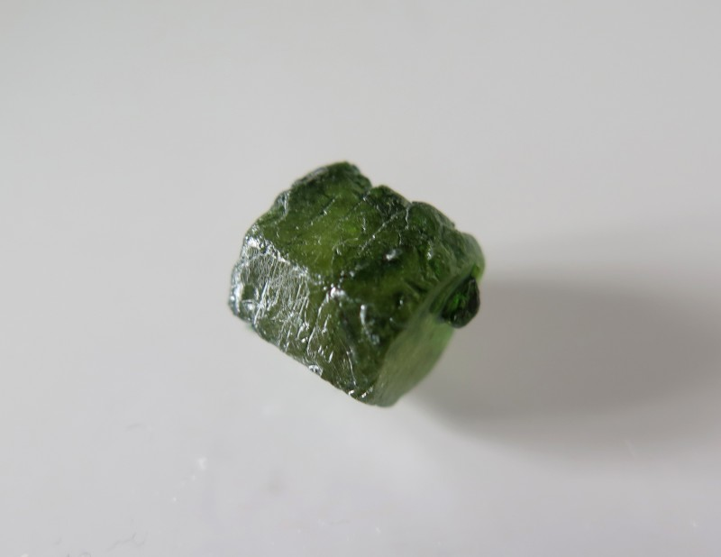 NEW ARRIVAL..VERY NICE NATURAL GREEN ROUGH SAPPHIRE 7.78cts