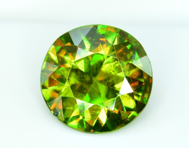 1.85 carats AAA Color Full Fire Natural Chrome Sphene from Pakistan