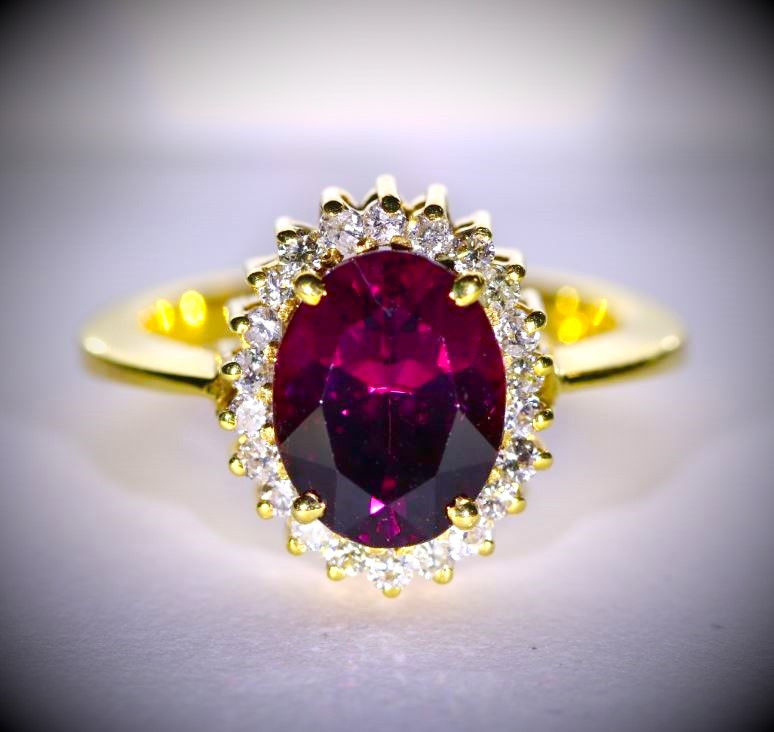 Umbalite 4.80ct with Diamonds Solid 18K Yellow Gold Ring