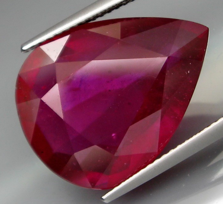 19.43 Cts Top Quality Blood Red Natural Ruby Mozambique Gem