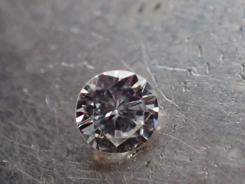 NATURAL WHITE DIAMOND 3.00mm VVS/EF