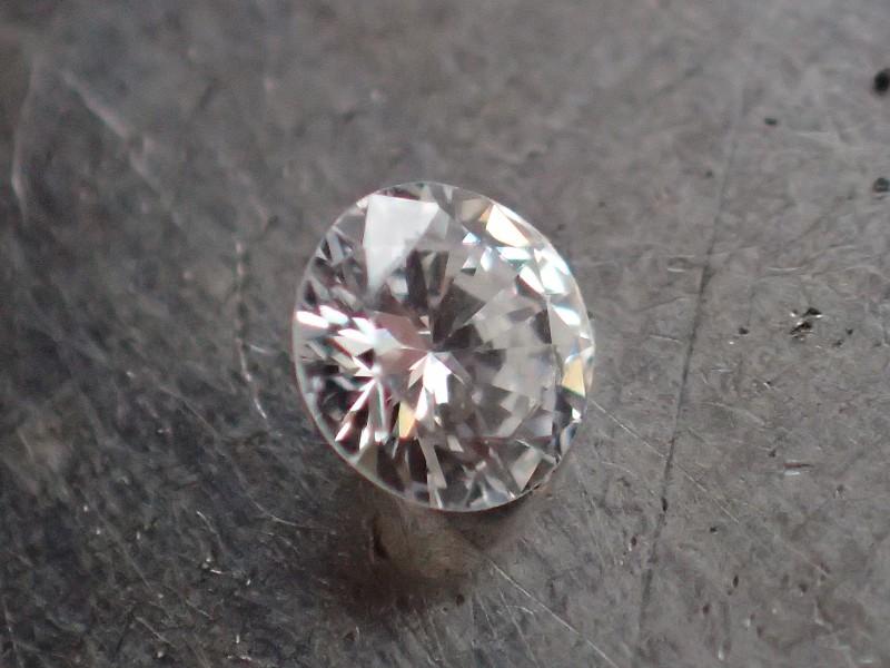 NATURAL WHITE DIAMOND 3.60mm VS/EF