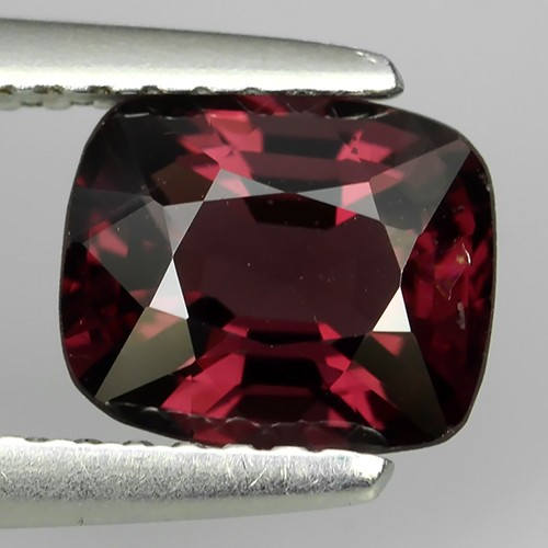 1.45 Ct Pleasant Hi End Sparkling - Rare Genuine Natural -red Spinel NR!!!