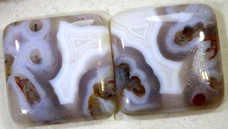 64.85CTS LACE AGATE PAIR ADG-1634