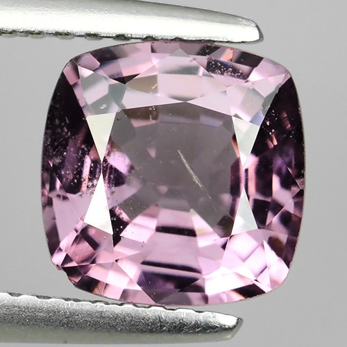 LUMINOUS 2.35 Cts NATURAL SPINSEL-LUXURY GEM