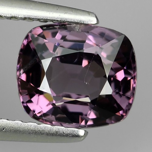 1.60 Ct Pleasant Hi End Sparkling - Rare Genuine Natural -Spinel NR!!!