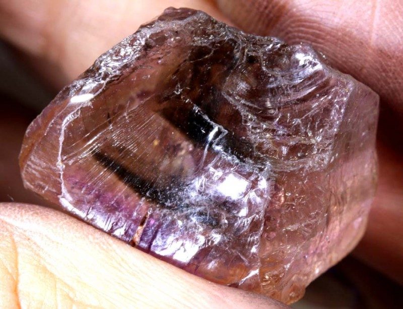 62.3CTS AMETHYST NATURAL ROUGH RG-2748