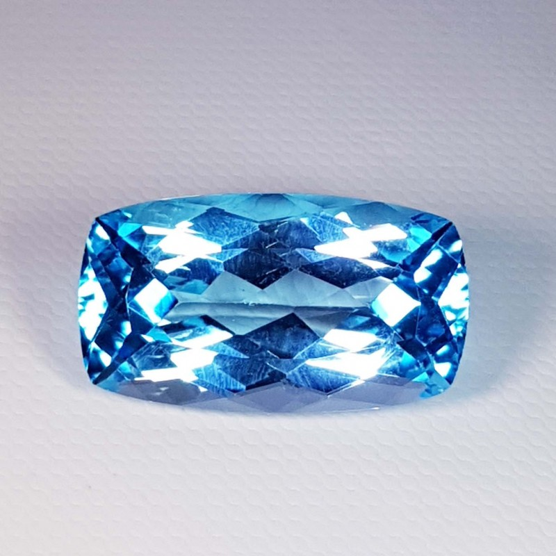 21.68 Ct Top Quality Rectangular Cushion Cut Natural Blue Topaz