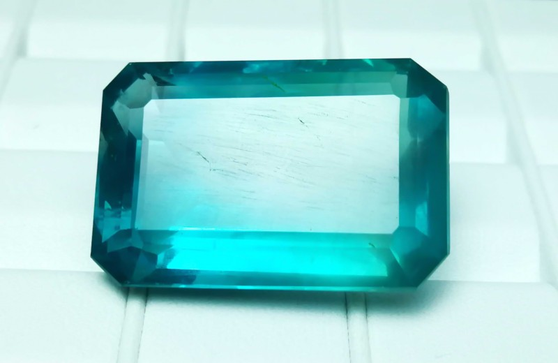 76 cts Fluorite Blueish Color Natural Big Size Gemstone