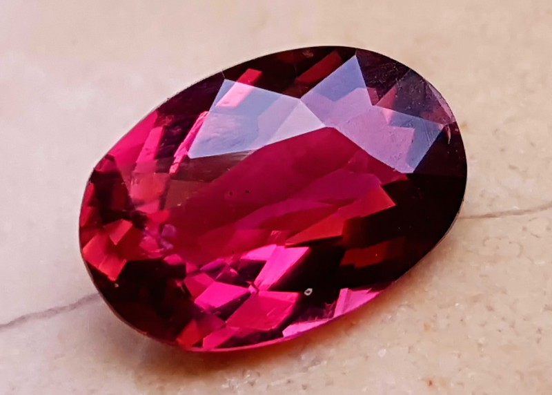 1.65 Cts Rubelite Tourmaline eye Clean Oval Cut Reddish Color Gemstone