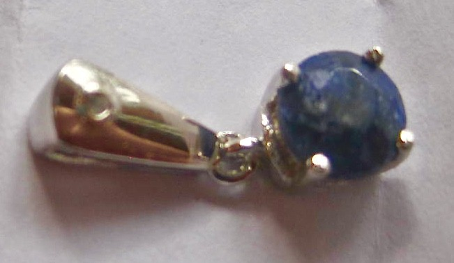 Hand made 1.156 carat dyed genuine Sapphire on Silver pendant list $398.00