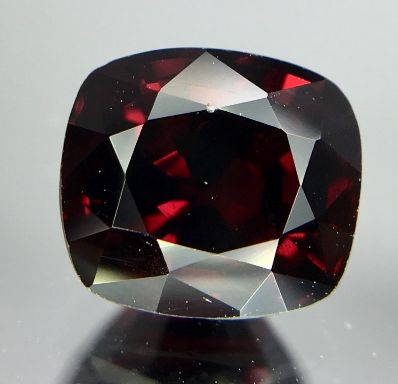 1.85 Crt Red Spinel Faceted Gemstone