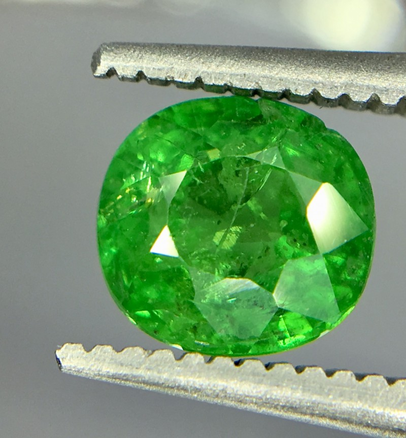 1.20 Crt Tsavorite Faceted Gemstone